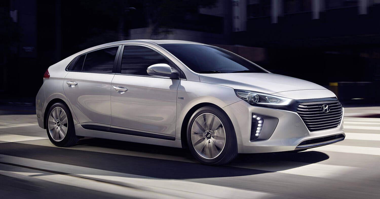 ioniq hyundai s first hybrid electric amp plug in hybrid car